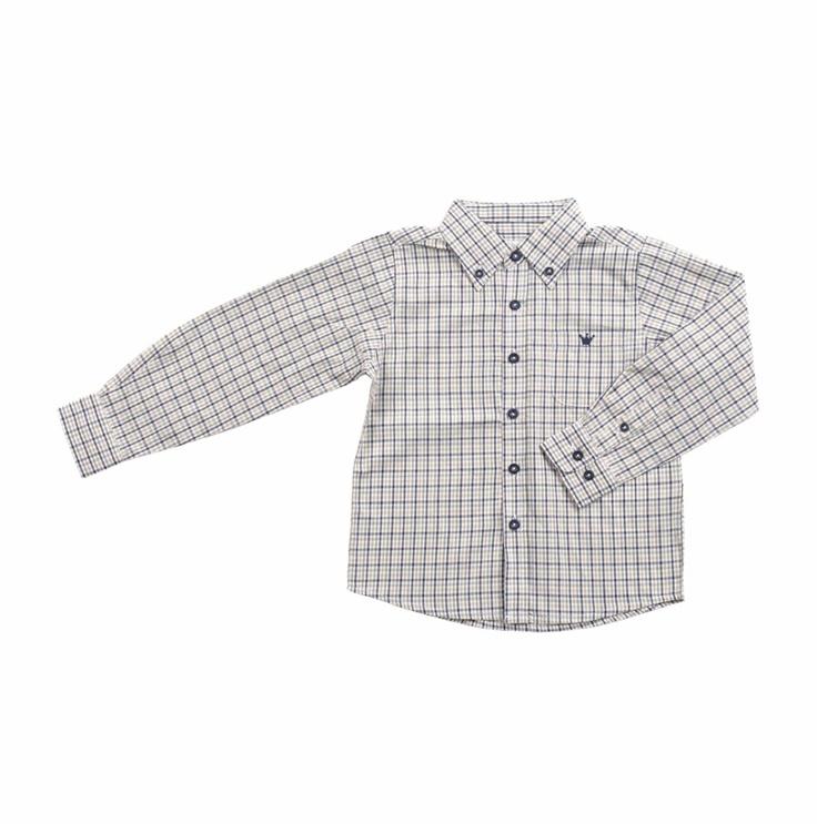 Camisa manga larga de cuadros en colores verde olivo, azul marino, beige sobre fondo blanco para niño.