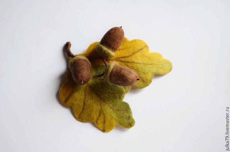"""Купить Брошь """"Дубочек"""" - коричневый, дубовый лист, дуб, дубовая мебель, желуди, желудь"""