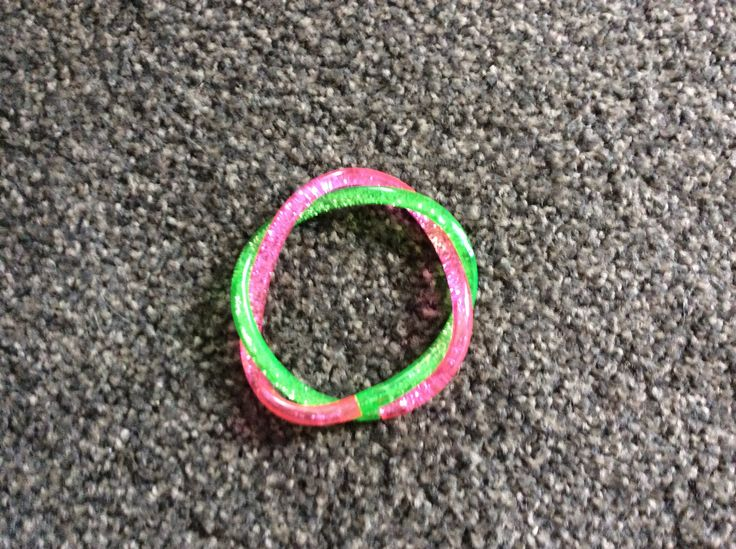 Smiggle glitter braclet in pink and green