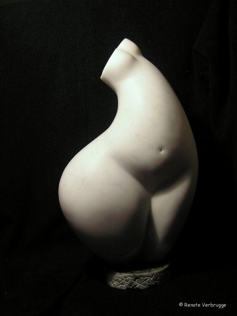 Une nuit de pleine lune - Sculpture ©2008 by Renate Verbrugge -  Sculpture, Stone