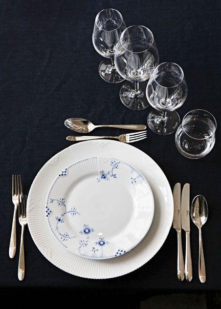 Royal Copenhagen Blue Elements Dinnerware | Gracious Style
