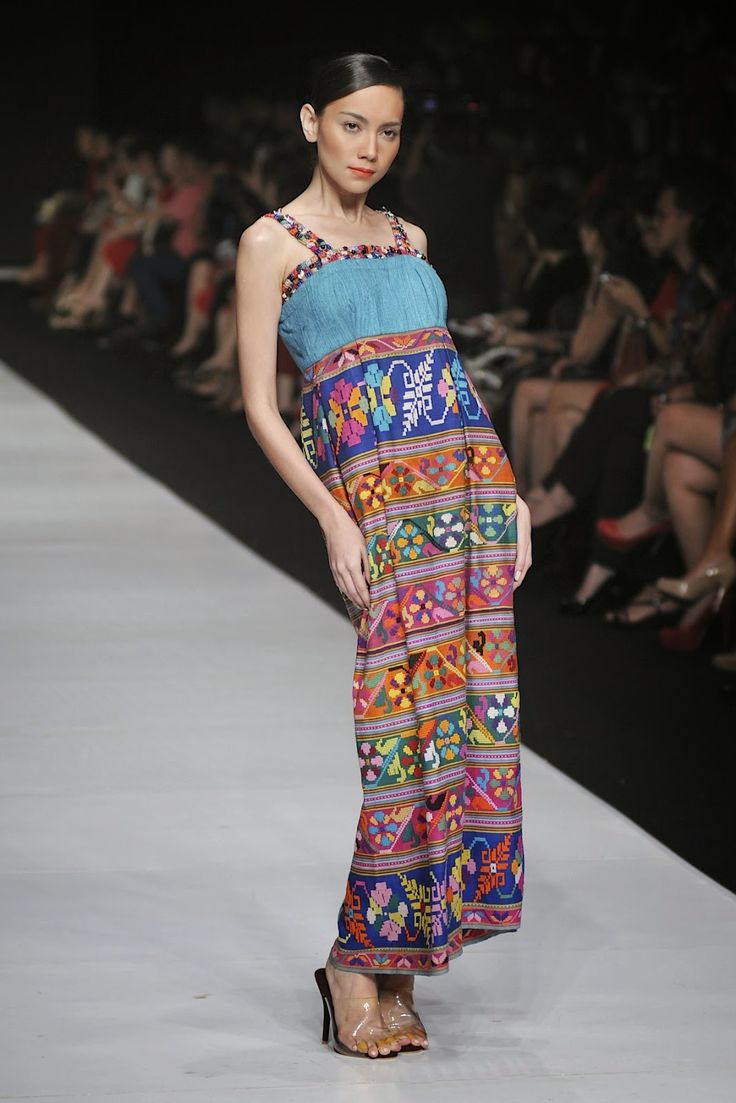 Jakarta Fashion Week 2014 : I Am Indonesian By Oscar Lawalata For Yayasan Jantung Indonesia - Glowlicious.Me - Indonesia Beauty and Lifestyle Blog