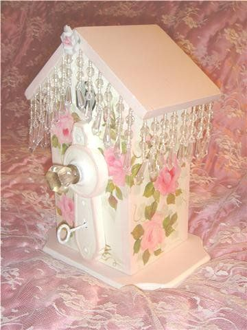 This pretty little birdhouse is the perfect accessory for your shabby chic or romantic cottage!