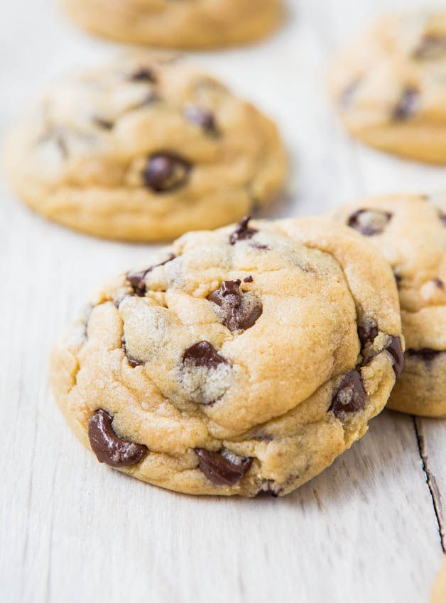 Squishy Chocolate Chip Cookies : Averie Cooks   The Best Soft and Chewy Chocolate Chip Cookies Delightish