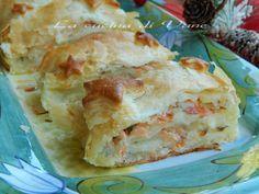 rotolo patate e salmone in crosta ricetta antipasto contorno secondo piatto facile da fare. Ricetta per la cena della Vigilia o cenone di Capodanno.