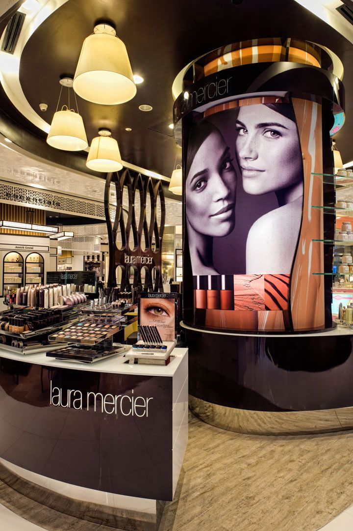 Laura Mercier shop at Tangs by Sheridan, Singapore store design
