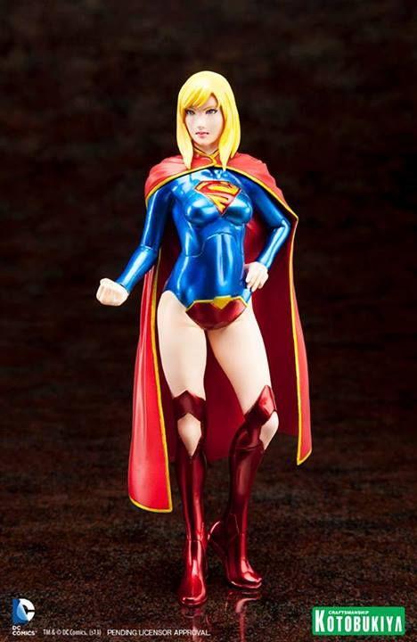 Supergirl-New-52-ARTFX-Statue-Kotobukiya-02