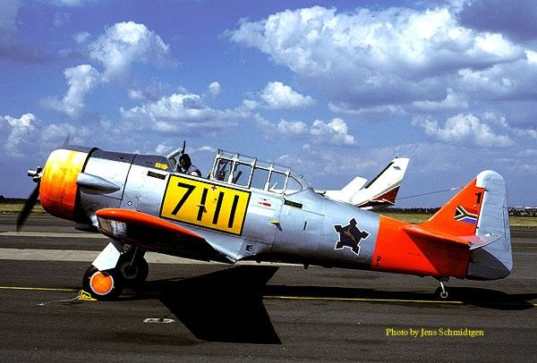 North American Harvard - South African Air Force Museum.. Swartkops 1997.