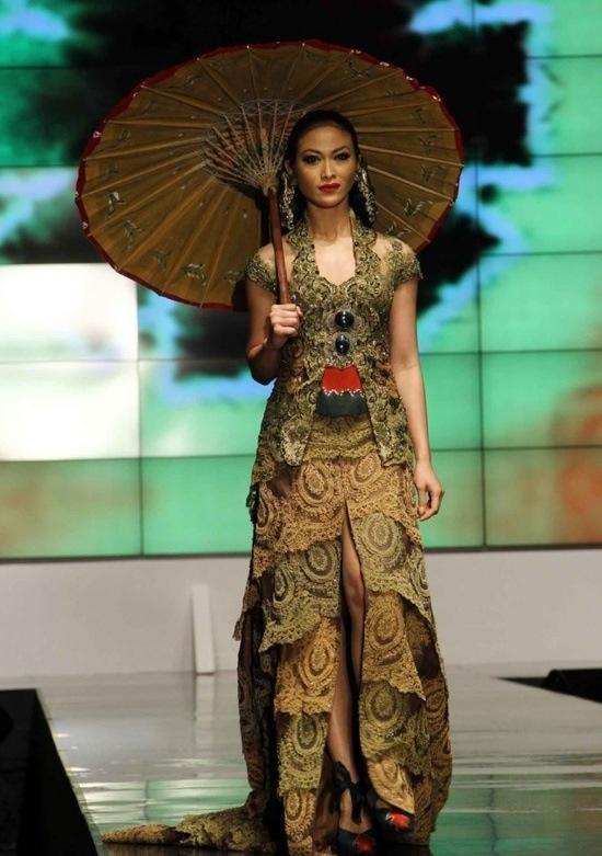 Kebaya & Batik #great combination