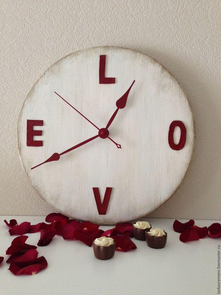 """Купить настенные часы """"Любовь"""" - часы настенные, часы ручной работы, подарок в день влюбленных"""