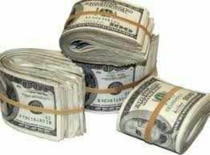 I have this much cash on me at all times! Cash money abounds in my life! So mote it be!