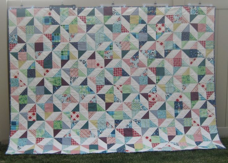 Friendship star quilt - love the shapes the stars create by connecting with each other