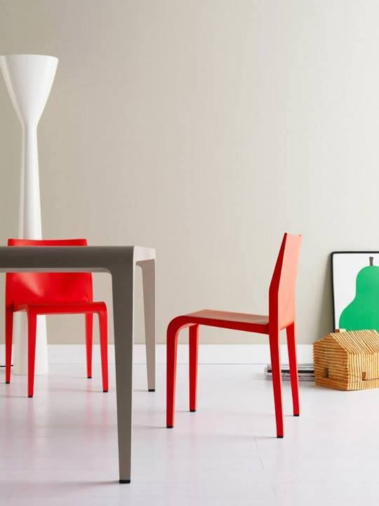 Ilvolo Table & Laleggera Chair, both designed by Riccardo Blumer for Alias. Get The Originals at www.2ndfloor.gr