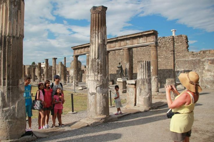 Semi-Private Italy vacation packages to Rome, Florence & Venice featuring exclusive sightseeing tours only offered by Avventure Bellissime Tours