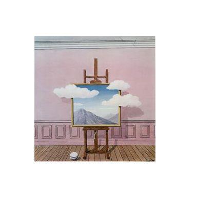 Kunstenaar: Rene Margritte l Stroming: Surrealisme l Vorig jaar bleek een van mijn foto's wat weg te hebben van dit kunstenaar. Daarom ben ik ook kunstwerken gaan opzoeken van deze kunstenaar om mij te laten inspireren. Dat is gelukt. Ik vind het vet hoe in een schilderij een schilderij is geschilderd waar de wolken uit het schilderij zijn geschilderd. Het geeft een apart beeld, op een positieve manier. Er zijn veel vrolijke, lichte kleuren gebruikt. Het schilderij laat mij denken aan de…
