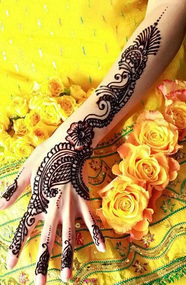 Bridal mehendi    A A I N A - Bridal Beauty and Style: Designs on Love: Bridal Mehndi by Huma Sharif Salon