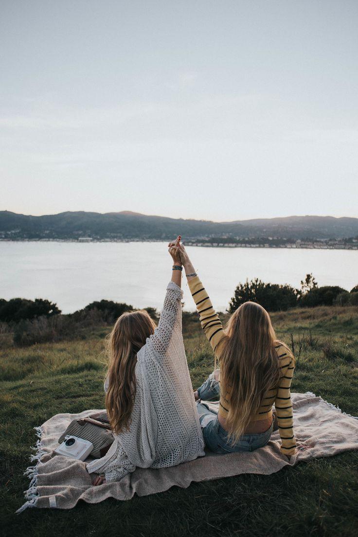 25 Best Ideas About Friend Poses On Pinterest Best