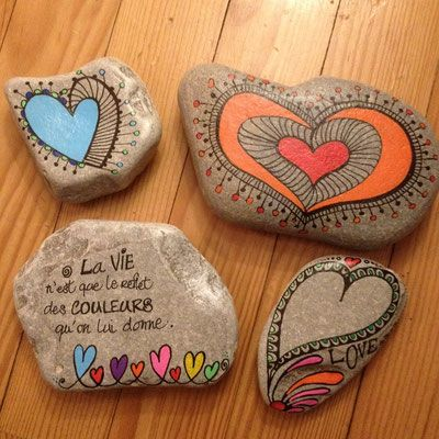 Dessins Inspirés - Site de carinecreation65 ! #posca #galet #peinture #mandala #message #amour #vie #ensemble