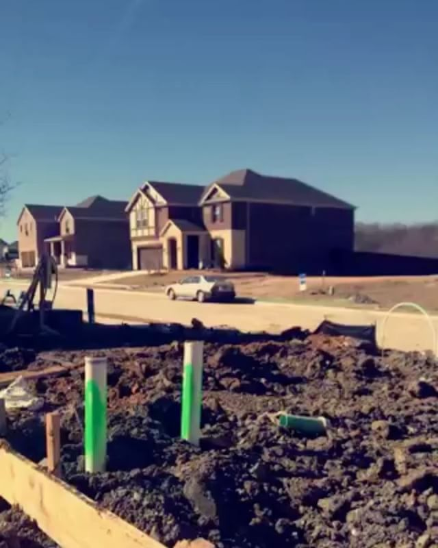 Wanting to build a new home? I can help you search for the perfect location in DFW. Check out this Las Colinas new build! Send me a message for more details. #realtor #dallas #realestate #dallasrealtor #realtor #highlandpark #universitypark #uptown #UptownDallas #lascolinas #victorypark #dallasapartmentshopping #dallashighrises #dallasrealtor #dallasluxury #dallastexas #dallaslove #luxury #dallasapartments #frisco #plano #allen #murphy #dallasapartmentlocator #luxurylifestyle #luxuryhomes…