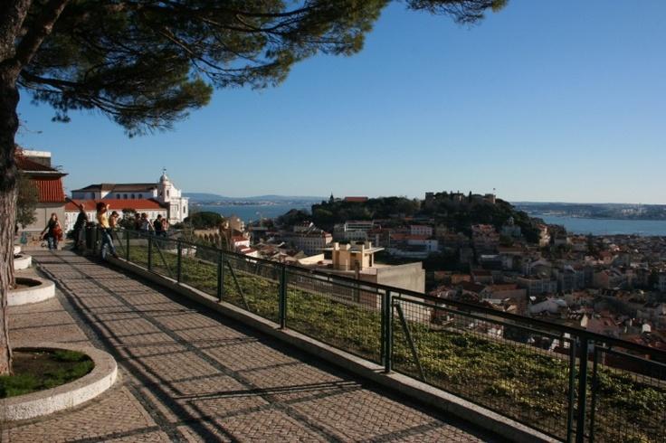 Miradouro da Nossa Senhora do Monte - Lisboa, Portugal