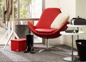 Electa Swivel chair Tray side table