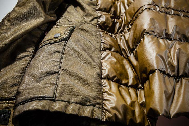I trattamenti a capo finito comprendono tutti i processi di tintura e finissaggio che si eseguono dopo il confezionamento del capo.  Trattamenti a capo finito #Parka #Pespow #Jacket