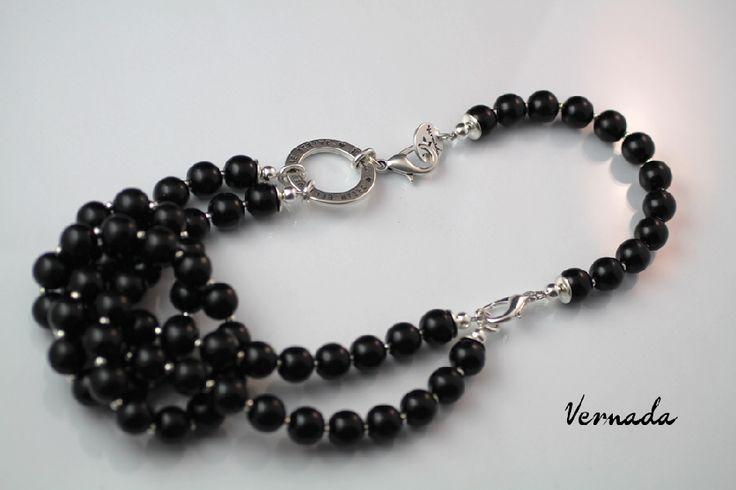 Vernada Design, MONITOIMI-avainkoru, musta / Vernada Design - Vernada Design -avainkorut / Vernada-puoti, Unelmoi. Usko. Taistele. Uskalla.-tekstirengas, monitoimikorusetti (käsikoru ja avainkoru yhdistettynä) #style  #muoti #Vernada #jewelry #koru #bracelet #suomestakäsin #käsityökortteli #finnishdesign #finnishfashion #monitoimikoru #statement #neclace