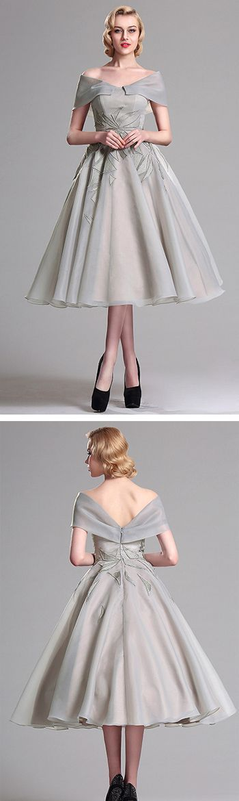 cool This elegant vintage short dress featured with embroidered pattern, sexy v back ...