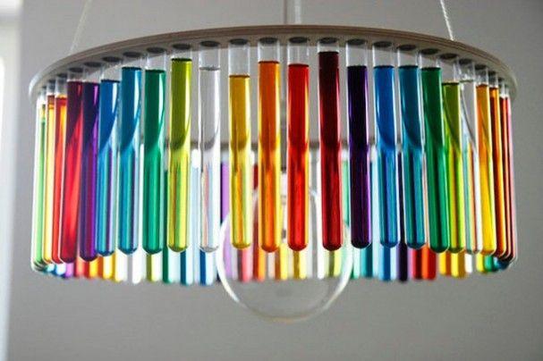 Design kroonluchter met glazen reageerbuizen | EYEspired