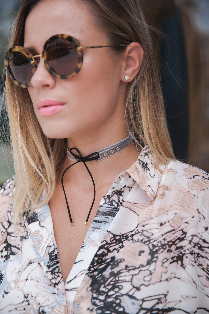 How to transition into fall with one item | Fall looks | How to wear chokers…