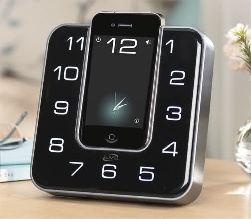 clock dock - i will have this for my desk.