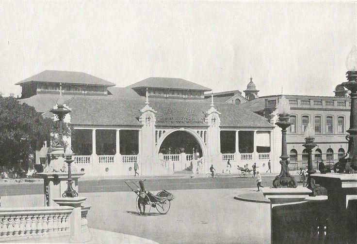Smith Street, showing Royal Hotel, Durban. ca. 1920