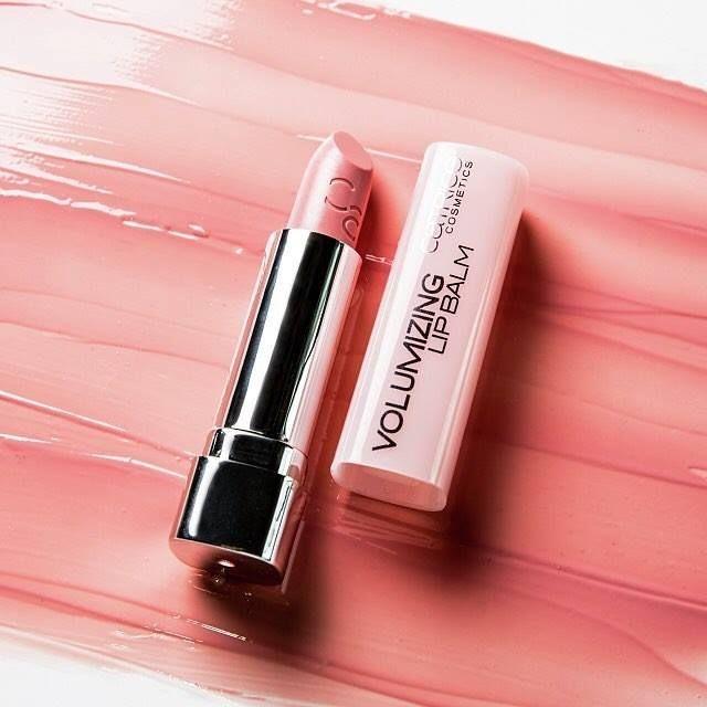 Labios Suaves Y Con Volumen Con El Volumizing Lip Balm De