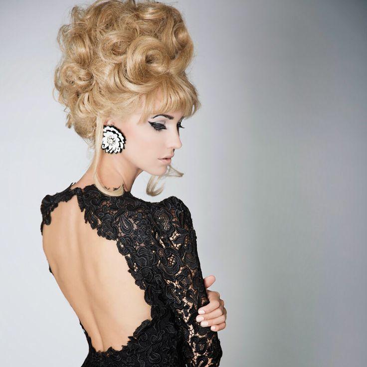 """Gabriele Fiorucci, il nuovo made in Italy"" leggete l'ultimo articolo su www.experiencelife.it, tutto dedicato al giovane stilista Gabriele Fiorucci. Impossibile non amare le sue creazioni. @gabrielefiorucci #gabrielefiorucci #gabrieleffe #fashion #style #stylish #love #TagsForLikes.com #me #cute #photooftheday #nails #hair #beauty #beautiful #instagood #instafashion #pretty #girly #pink #girl #girls #eyes #model #dress #skirt #shoes #heels #styles #outfit"