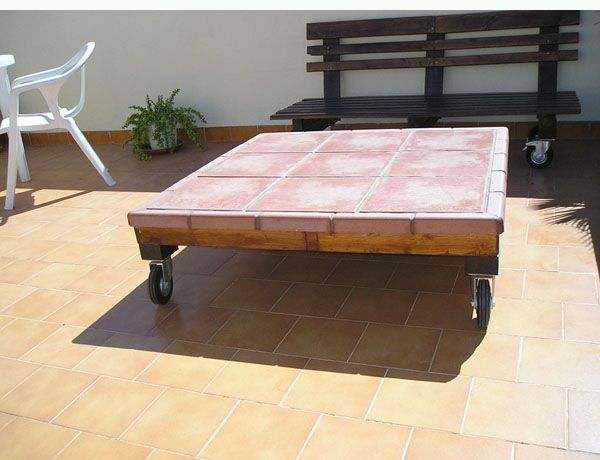 reciclado de palets: Home Decoration, Outdoor Table, Wood Pallet, Palet Mesa, Furniture Ideas, Pallet, Pallets Reciclar, Wood Tile