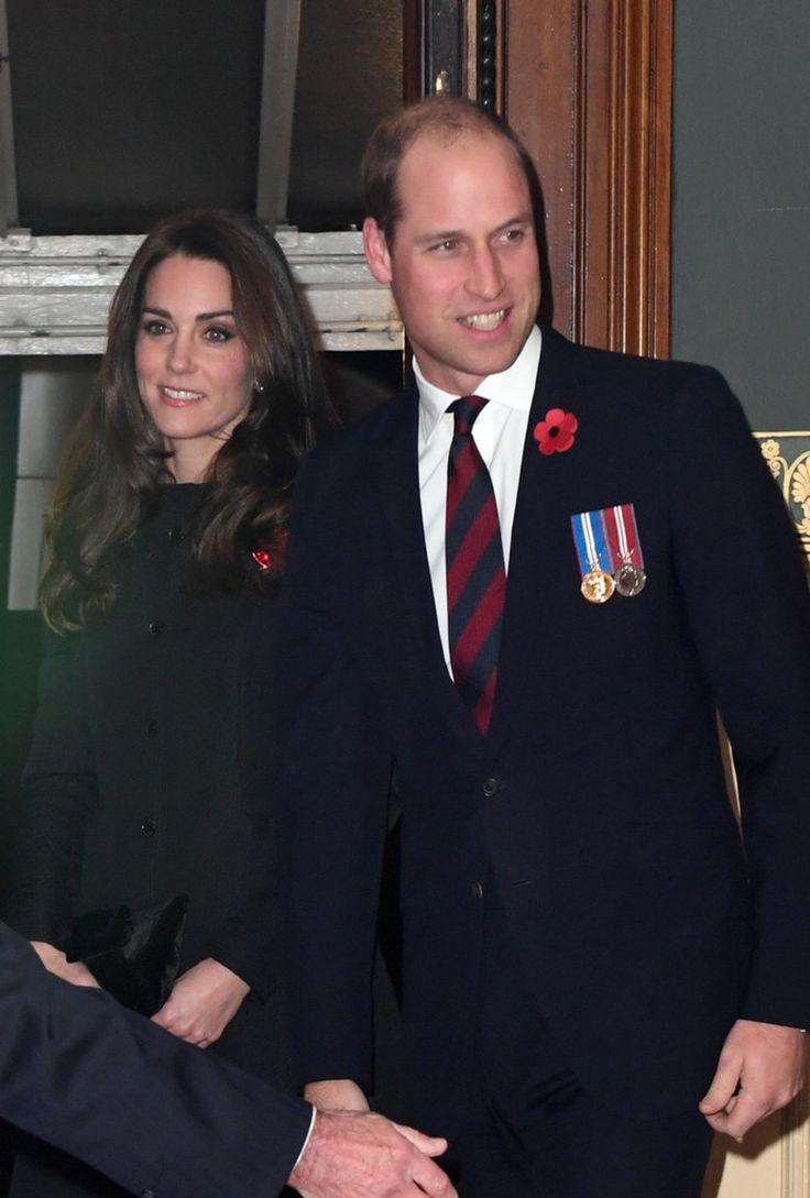 Samedi 12 novembre 2016 à Londres, La famille royale a assisté au traditionnel concert du Royal Festival of Remembrance au Royal Hall.