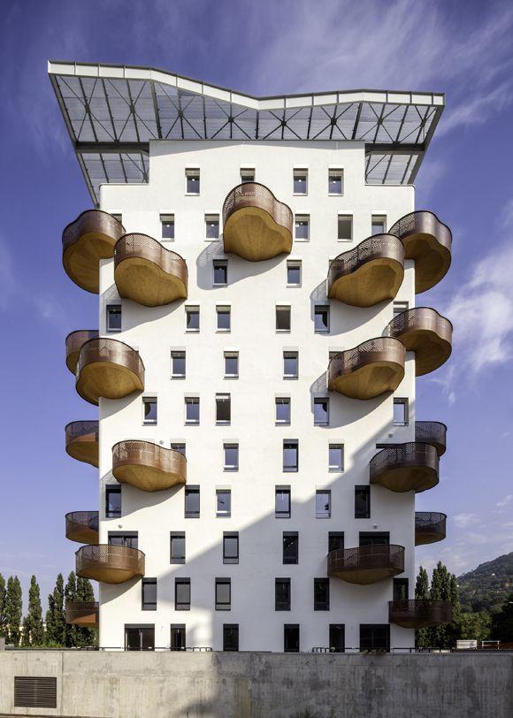 Quai de la Graille bldg in Grenoble by R2K Architects