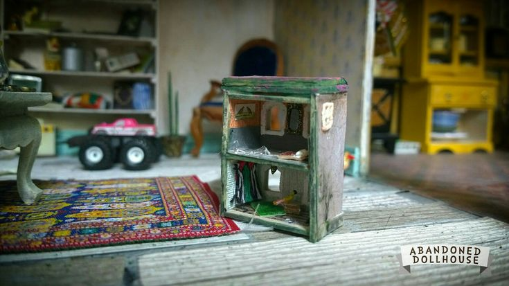 11th scale miniature dollhouse for dollhouse dolls 😋 by Abandoned Dollhouse S18
