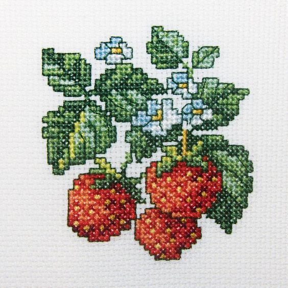 "Wild Strawberries Counted Cross Stitch Kit-4""X4"" 14 Count"