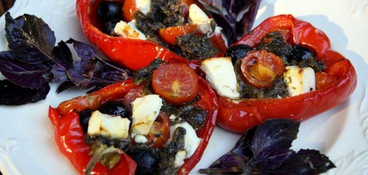 Запеченные перцы, фаршированные помидорами, фетой и маслинами – Вся Соль - кулинарный блог Ольги Баклановой