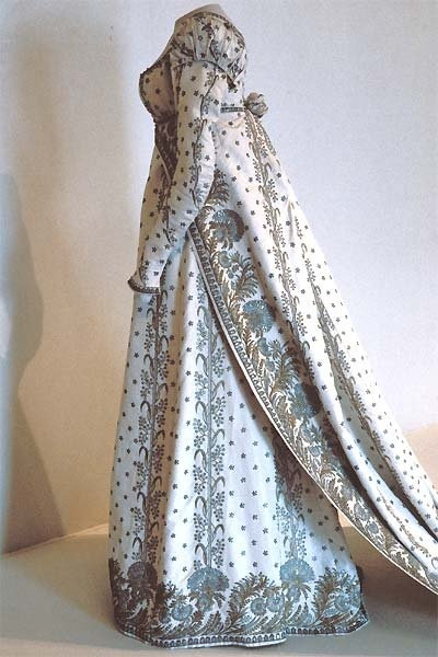 Empress Josephine's Court Dress, c. 1800-4. Her taste in fashion influenced all of Europe. This style is call the Empire or Regency.