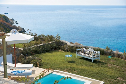 Cobalt Blu Villa on the Waterfront, revel in the amzing views