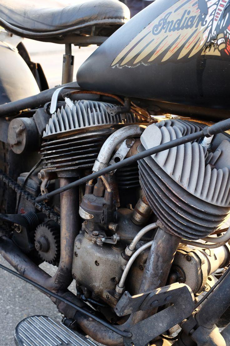 https://flic.kr/p/xJHbgH   1940 Indian Vintage  Motorcycle