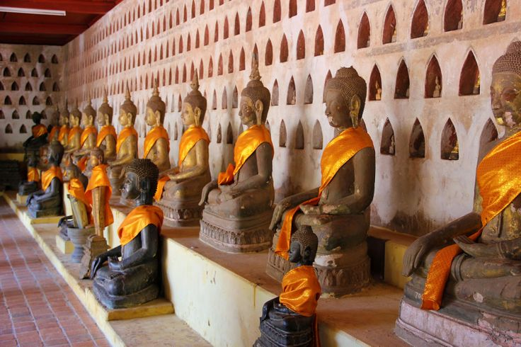 http://www.vietnamitasenmadrid.com/laos/templo-sisaket.html Estatuas de buda en Wat Sisaket