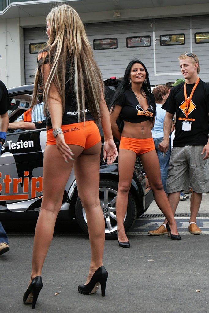 Grid Girls To Be Removed From This Seasons F1 And Theyre -1150