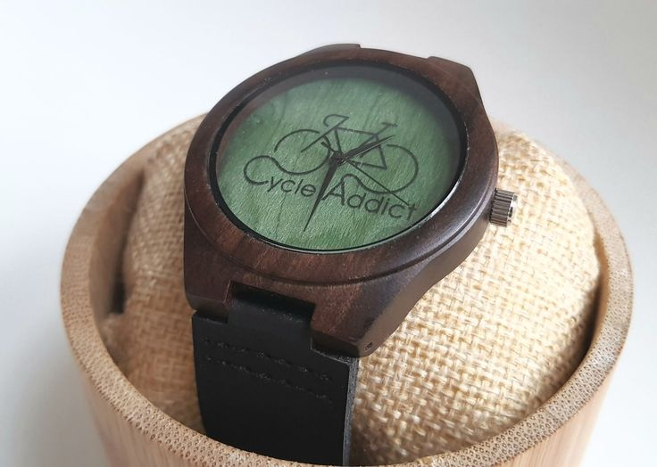 New collection of bamboo watches with a cycling theme. Miyota quartz mechanism, FSC certified bamboo and genuine leather: a stunning combination creating a unique accessory for passionate cyclists!  We give a free bicycle bracelet with this watch!