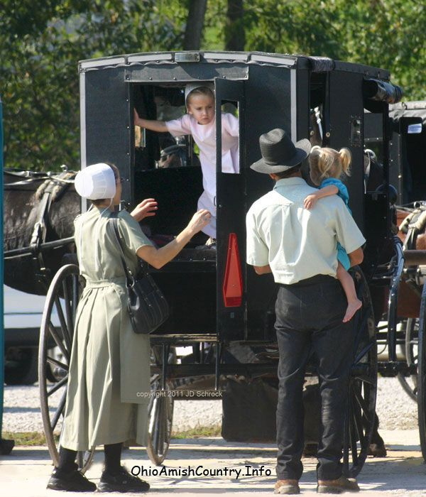 best amish life mennonites hutterites living simple  the amish subculture
