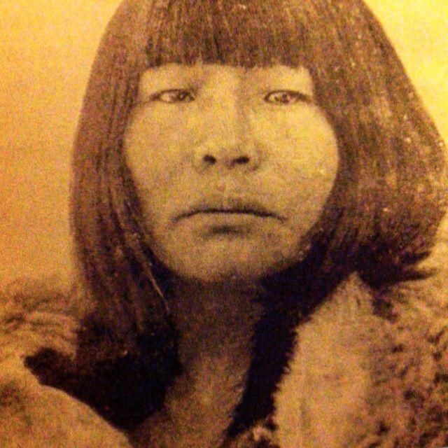 Mujer Selk'Nam, Tierra del Fuego, 1923. Fotografía de Martín Gusinde.