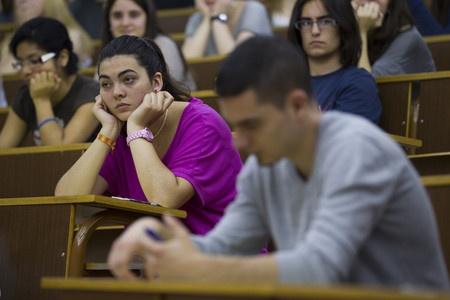 Baulenas y Pàmies, en el examen de Lengua Catalana de Selectividad