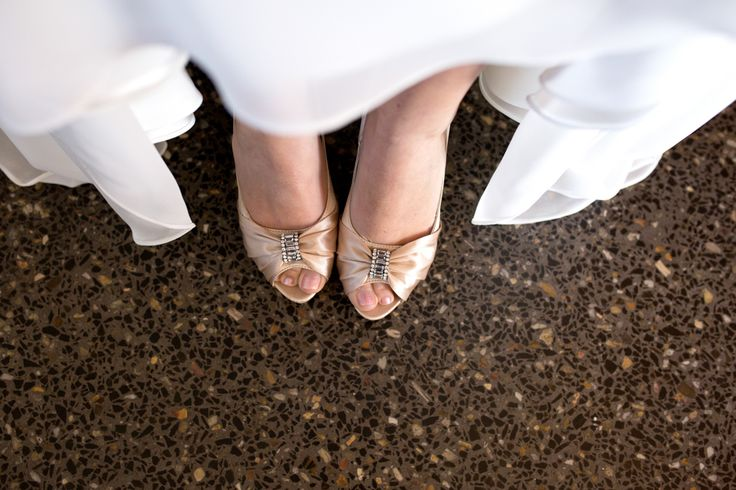 Brides shoes. Novotel Twin Waters wedding. www.lanicarter.com